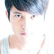 Wei Suijie (Grayphics)