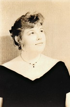 Emily Stavedahl (Auntieemsattic)