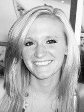 Rachel Stogner (Rayeraye19)