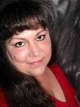Lisa Robertson (Lisacarolsdreamshots)