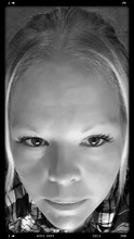 Kira Lucas (Myrandomenigmas)