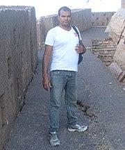Suresh Kumar Sharma (Lap9top)