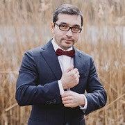 Aleksandr Ashurov (Vectordreams)