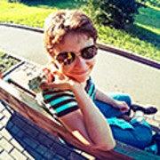Iuliia Oleinik (Yulyao)