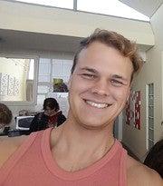 Daniell Esterhuizen (Awedaniell96)