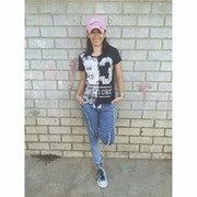 Kathryn Vestidas (Kathrynshots)