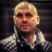 Adam Lipinski (Surprisemeseptember)
