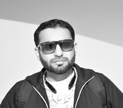 Zeeshan Khan (Khanzahmed)