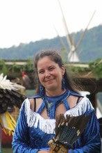Melissa Augustine (Pegwinjij1980)