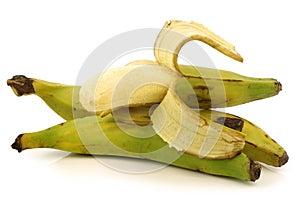 Frische noch unausgereifte Bananen der Banane (Backen)