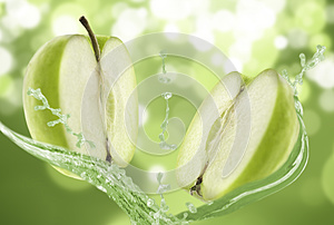 Green apple water splash