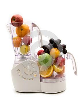 Küchemaschine und -früchte