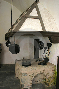 medieval-kitchen-largethumb3508181.jpg