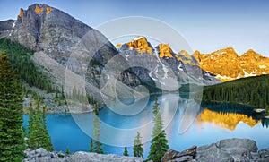 Moraine Lake, Banff Np, Alberta, Canada