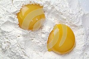 Tuorlo e bianco d uovo
