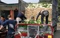 ładowniczych rzodkwi ciężarowi pracownicy Obraz Stock