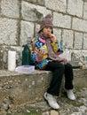 τσάι κοριτσιών κέικ Στοκ εικόνες με δικαίωμα ελεύθερης χρήσης