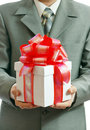 χέρια δώρων επιχειρηματιών Στοκ Φωτογραφία