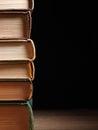 стог книг книга в твер ой об ожке Стоковые Изображения