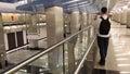 че овек фотографирует в метро Стоковое Фото