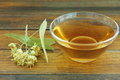 шар цветет стек янный tilia чая таб ицы  ипы  еревянный Стоковые Изображения RF