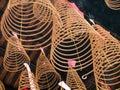 在thien hau寺庙 胡志明,越南 的螺旋香火 免版税库存图片
