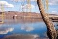 平的横幅哥伦比亚河横穿山蓝天云彩 库存照片