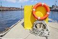明亮红色lifebuoy 免版税图库摄影