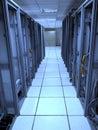 有被忘记的缆 的老数据中心机架 免版税库存图片