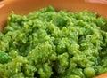 碗糊状的豌豆, 库存照片