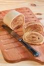 西人dessert bolo在木的de rolo 卷蛋糕, rollcake 免版税库存图片