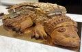鳄鱼形状的酥皮点心 免版税库存照片