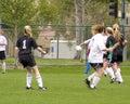 ποδόσφαιρο 5 κοριτσιών πα&iota Στοκ Φωτογραφίες