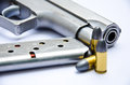 9mm. gun with bullet Royalty Free Stock Photos