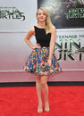 Abby elliot los angeles ca august at the premiere of her movie teenage mutant ninja turtles at the regency village theatre Stock Images
