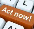 Act now key means do it take action on keyboard meaning or Royalty Free Stock Photography