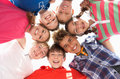 Adolescents en cercle Photos stock