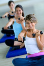 Aerobics class with free weights Royalty Free Stock Photography
