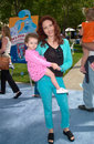 Amy yasbeck actress daughter at the world premiere in hollywood of blue s big musical movie Stock Photo
