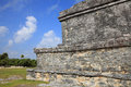 Ancient mayan stone temple at the caribbean cost of tulum mexico Stock Photography