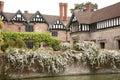 Angielski moated rezydencja ziemska dom Zdjęcie Royalty Free