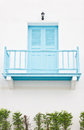 Aqua closed door with balcony Royalty-vrije Stock Afbeelding