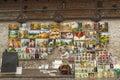 Artysta sprzedaje jego obrazy w starym miasteczku krakow polska Zdjęcie Royalty Free