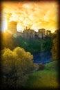 Podzim západ slunce přes hrad