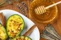Avokádo skořice a med
