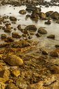 Oculto de agua en playa