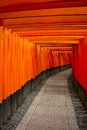 Background orange torii fushimi inari shrine japan Stock Photos