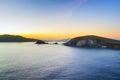 Bahía de dunquin en co kerry en la puesta del sol Foto de archivo