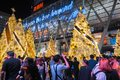 BANGKOK, THAILAND - DECEMBER 23, 2016 : Centralworld shopping mall at night, Christmas day event welcome to Christmas and Happy Royalty Free Stock Photo