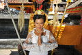 Beautiful asian bride prays in the temple bali indonesia Royalty Free Stock Photos